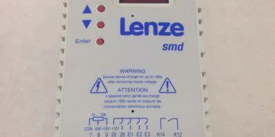 LENZE ESMD251X2SFA 000XX2H21 INVERTER MOTOR DRIVE (B405) 1