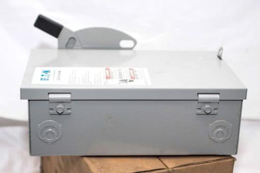 EATON CUTLER HAMMER DG221NGB 30 AMP 240VAC GENERAL DUTY SAFETY SWITCH NIB! (G20) 2