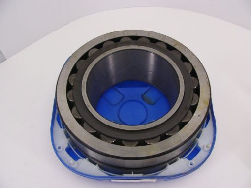 NEW! SKF Explorer 23240 CCK/C3W33 Double Row Spherical Roller Bearing C3 W33 1
