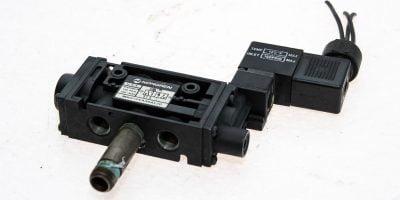 NORGREN MK01CEA35ALJC PNEUMATIC CONTROL VALVE 150PSIG 120º F WITH SOLENOID (G50) 1