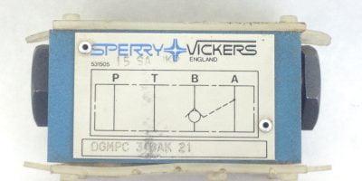 SPERRY & VICKERS DGMPC-3-BAK-21 PILOT OPERATED VALVE NEW (A438) 1