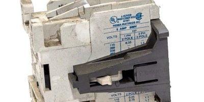EATON CUTLER HAMMER 9-2650-1 9 AMP 600VAC CIRCUIT BREAKER COIL USED! (G58) 1