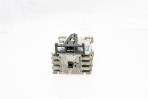 EATON CUTLER HAMMER 9-2650-1 9 AMP 600VAC CIRCUIT BREAKER COIL USED! (G58) 2