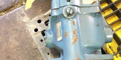 USED EATON VICKERS PVB10-LSY40-CM-11 HYDRAULIC PISTON PUMP, FAST SHIP! (HP PT) 1