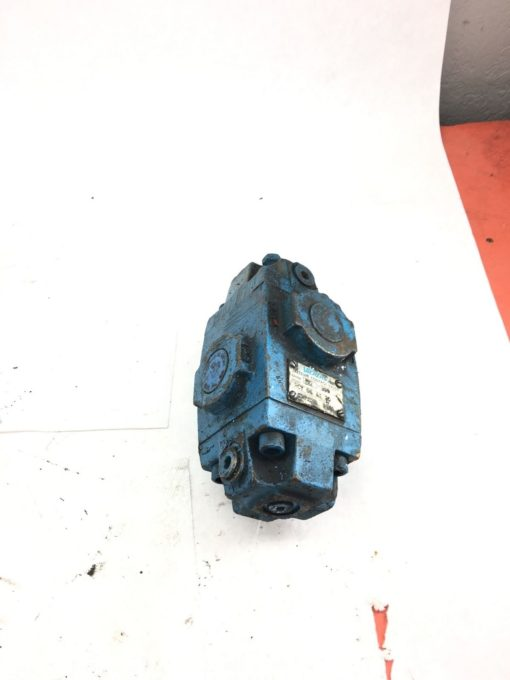 USED VICKERS RCT-06-A1-30 597112 PRESSURE CONTROL VALVE, FAST SHIP! (HP PT) 2