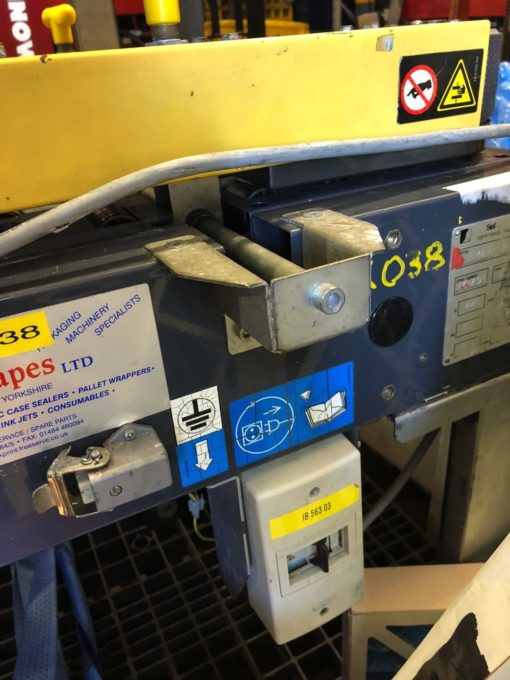 USED SIAT SM8/4 PA, SEMI AUTOMATIC TOP AND BOTTOM TAPE SEALER, YEAR 2000, (UKP3) 5