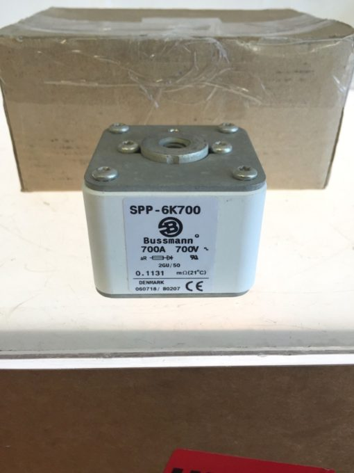 NEW IN BOX (Lot of 6) Bussmann SPP-6K700 700A 700V, Fuse Fuses (B158) 2