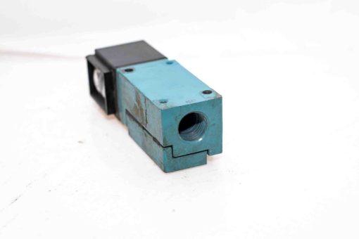 MICRO SWITCH FE-LPK03C-2S PHOTOELECTRIC SENSOR NEW (A443) 2