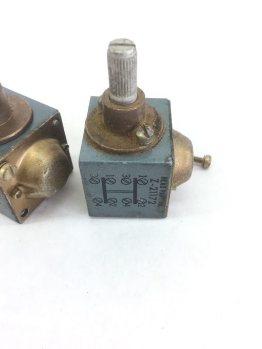 LOT of 2 ALLEN BRADLEY Z-21172 HEAD FOR LIMIT SWITCH USED (A445) 2