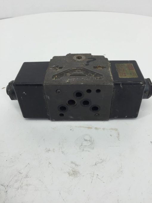 BROWN AND SHARP DOUBLE A SOLENOID QF-01-0-10F1 USED (H249) 3