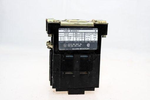 ALLEN BRADLEY 700-R200A1 SEALED CONTACT INDUSTRIAL RELAY 110/120V 50/60Hz (G77) 1