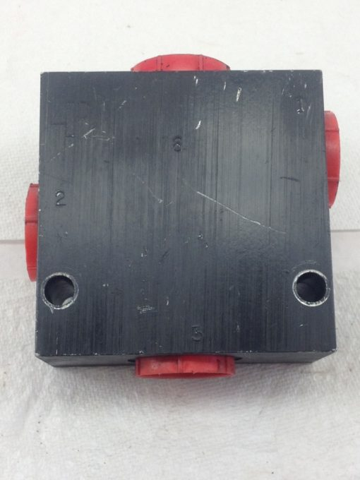 USED, GREAT CONDITION AP ALUMINUM VALVE BLOCK 3/1 PORTS FAST SHIP!!! (HB4) 1
