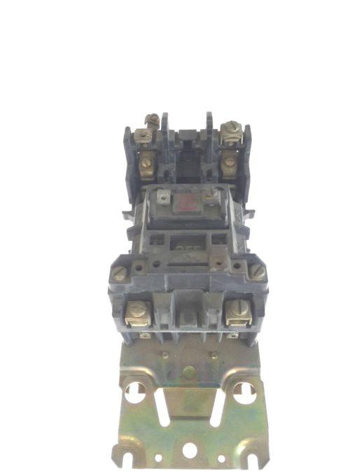 Allen Bradley Motor Starter Size 2 110/120VAC, 60/50HZ, SERIES K, CB236, G83 1
