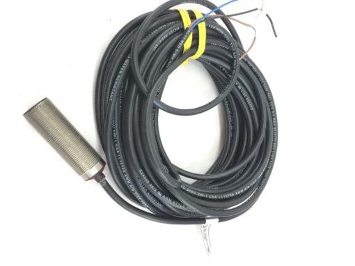 ALLEN BRADLEY 872C-D5NP18-E10 PHOTOSWITCH Proximity Sensor NEW NO BOX H61 1