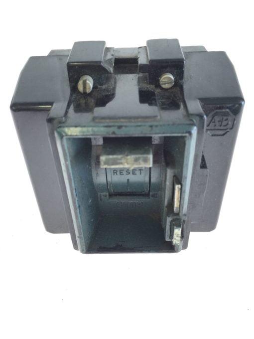 Allen Bradley Manual Start Stop Flip Switch, USED, FAST SHIPPING, G84 1