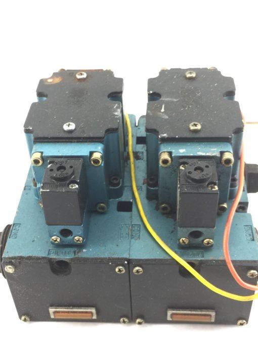 USED MAC 6511B-000-PP-112DA 6511B-512-P DBL SOLENOID VALVE W/ MANIFOLD (B390) 2