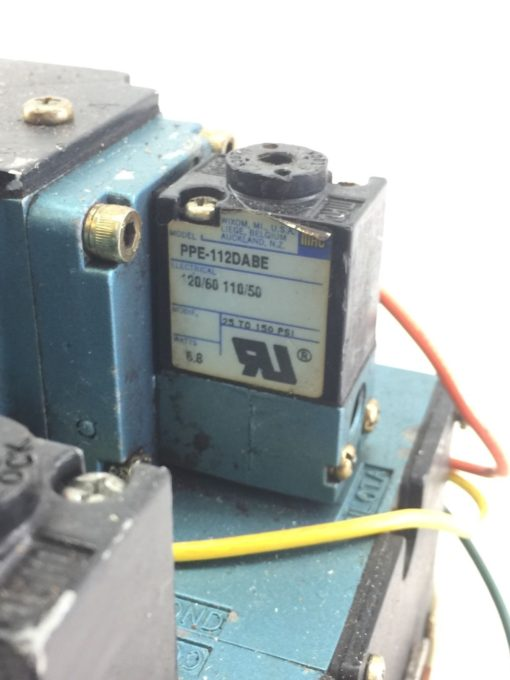 USED MAC 6511B-000-PP-112DA 6511B-512-P DBL SOLENOID VALVE W/ MANIFOLD (B390) 5