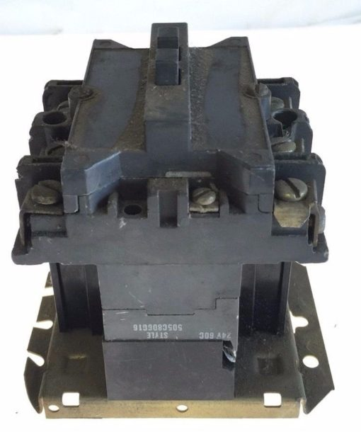 USED WESTINGHOUSE CUTLER HAMMER STARTER SIZE 2 110/120VAC COIL 505C806G16, G96 1