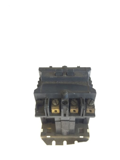 USED WESTINGHOUSE CUTLER HAMMER STARTER SIZE 2 110/120VAC COIL 505C806G16, G96 2
