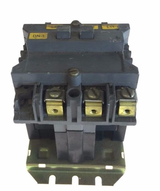 USED WESTINGHOUSE CUTLER HAMMER STARTER SIZE 2 110/120VAC COIL 505C806G01, G96 1