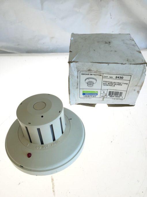 NEW IN BOX Edwards 2430 Photoelectric Type Smoke Detector w/ Base Screw, (B190) 1