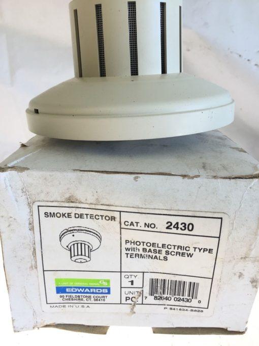 NEW IN BOX Edwards 2430 Photoelectric Type Smoke Detector w/ Base Screw, (B190) 3