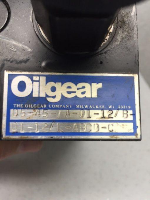 OILGEAR 05-45-7A-01-12/B-01-12/L-ABCD-C HYDRAULIC VALVE (B49) 4