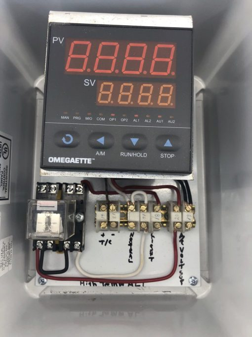 OMEGAETTE CN414-R1-R2 TEMPERATURE PROCESS CONTROLLER PJ1086