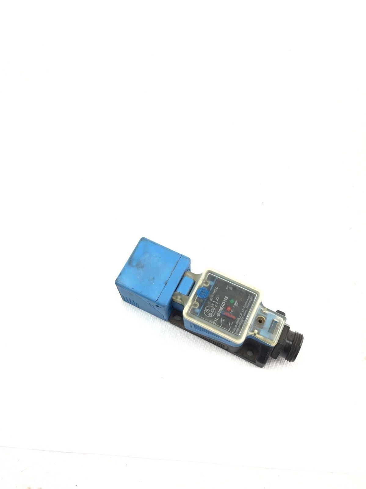USED ALLEN BRADLEY 871L-B40E40-N3 SERIES A INDUCTIVE PROXIMITY SENSOR, (A594) 1