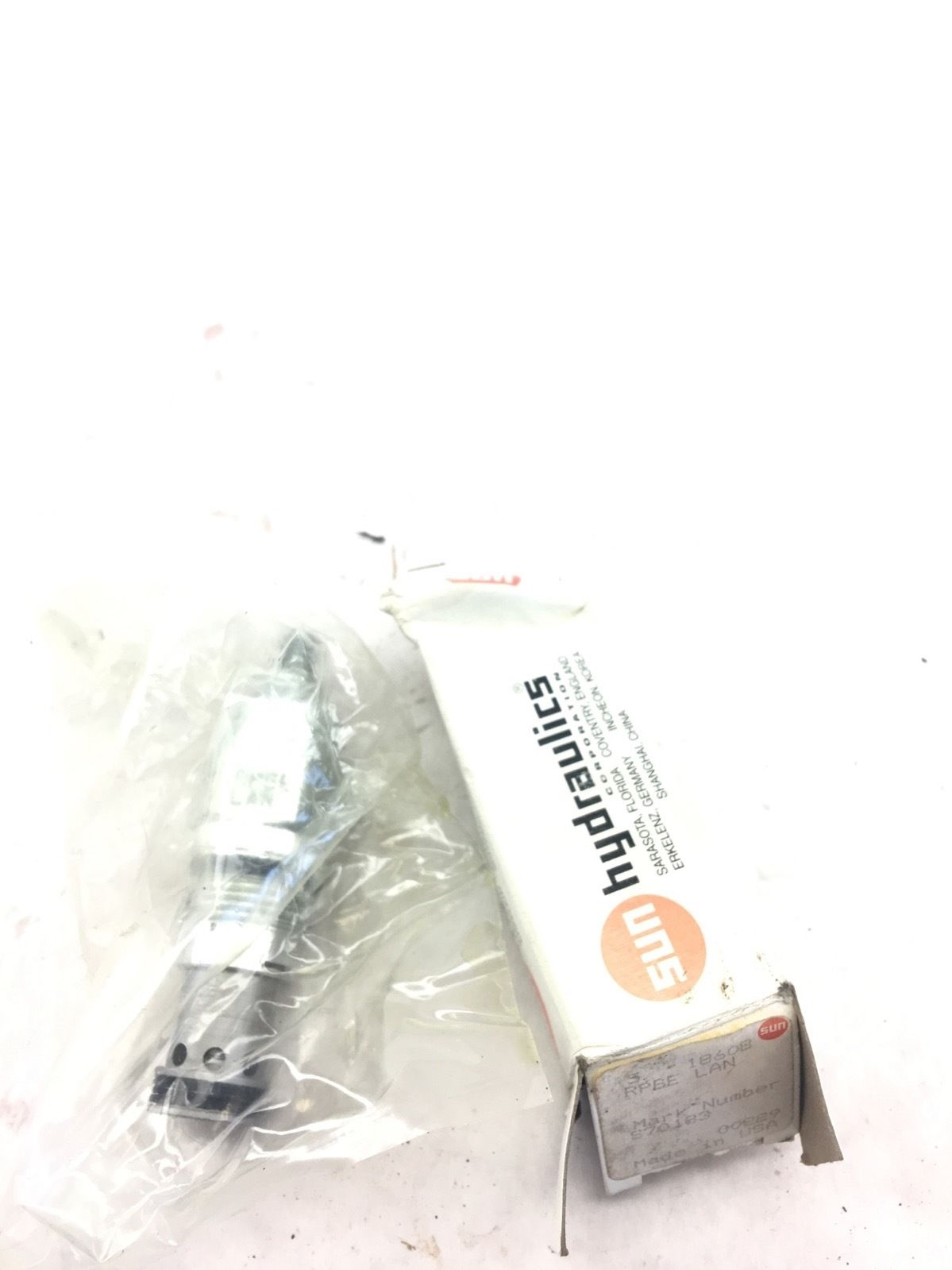 NEW IN BOX SUN HYDRAULICS RPGE-LAN PISTON RELIEF VALVE, FAST SHIPPING! (A84) 1