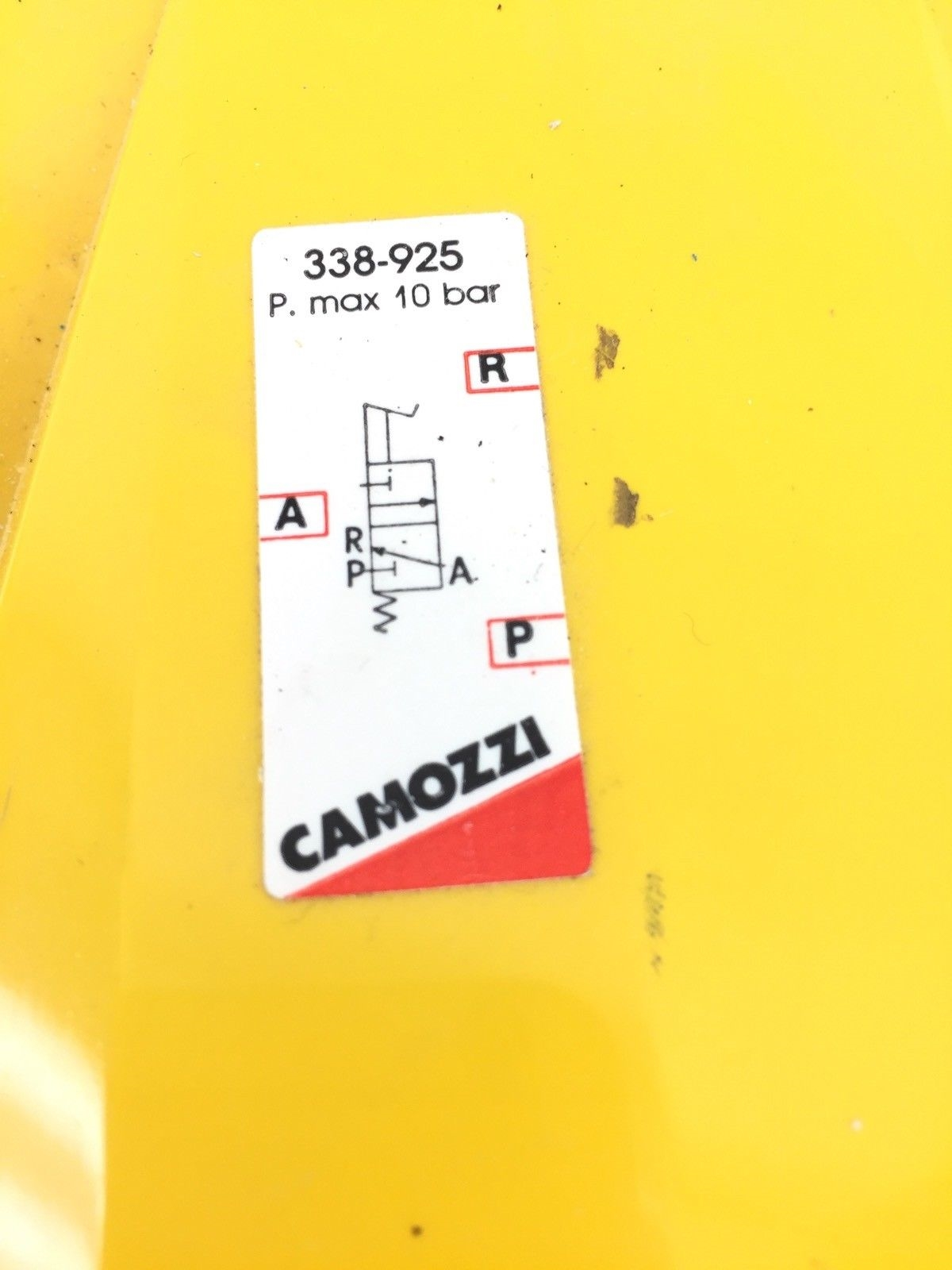 CAMOZZI 338-925 PNEUMATIC FOOT PEDAL USED IN GOOD SHAPE (H299) 2
