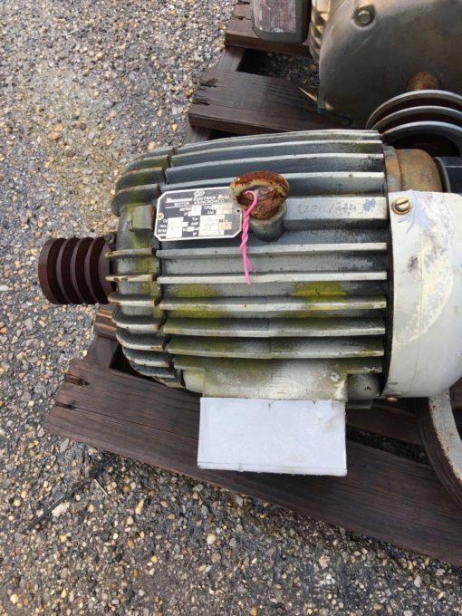 MAQUINARIA ELECTRICA BILBAO 3 PHASE MOTOR, 132S/6 1152 RPM 220/440 VAC (CONNEX) 1