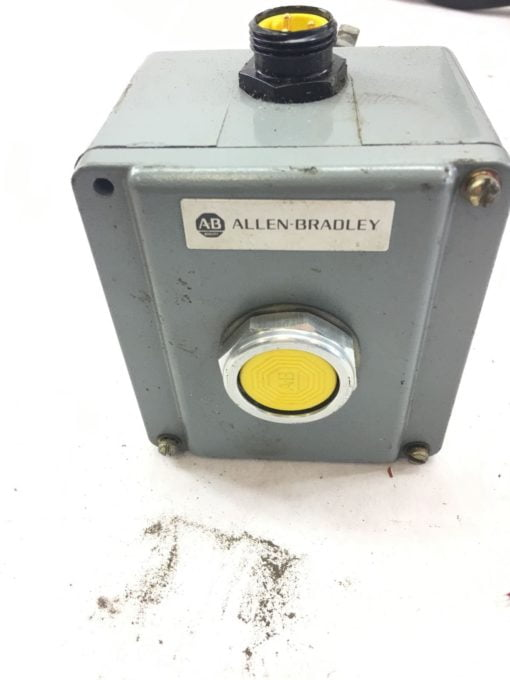 USED GREAT CONDITION ALLEN BRADLEY PUSH BUTTON CONTROLLER, FAST SHIPPING! B363 1