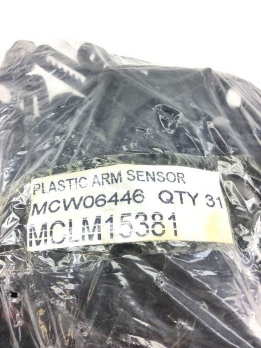 NEW IN BAG LOT OF 31Â MCW06446 PLASTIC ARM SENSORS, FAST SHIPPING! (B386) 2
