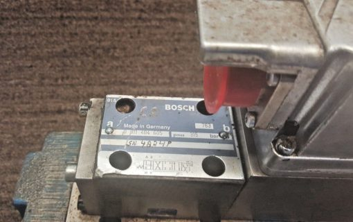 *USED* BOSCH 0811404605 SOLENOID CONTROL VALVE WITH PNEUMATIC CONTROL BAS (B176) 3
