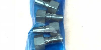 LOT OF 5 NEW IN BAG SMC KK3P-01F COUPLER, FEMALE THREAD, FAST SHIP! (A844) 1