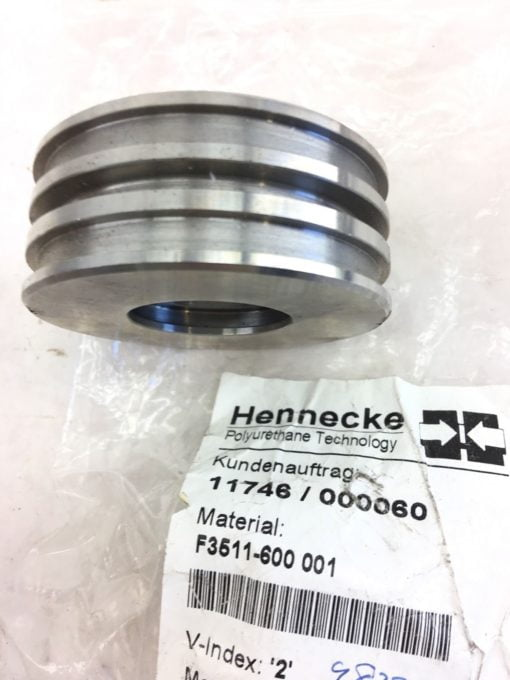 (2) NEW HENNECKE PISTON CYLINDER FOR 2