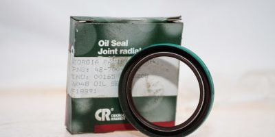 CHICAGO RAWHIDE 16048 JOINT RADIAL DUAL LIP OIL SEAL NEW IN BOX! FAST SHIP (G02) 1