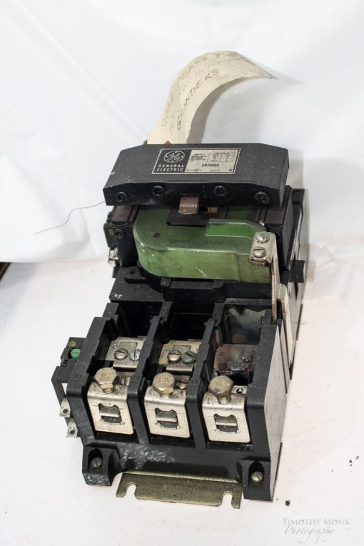 GE GENERAL ELECTRIC CR206E0 90A 600VAC 60Hz 3 PHASE MOTOR STARTER USED! (G02) 2