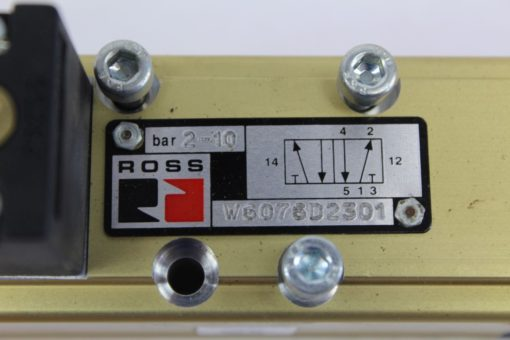 ROSS W6076D2301 PNEUMATIC AIR VALVE W/COIL *NEW missing one screw* (J77) 2