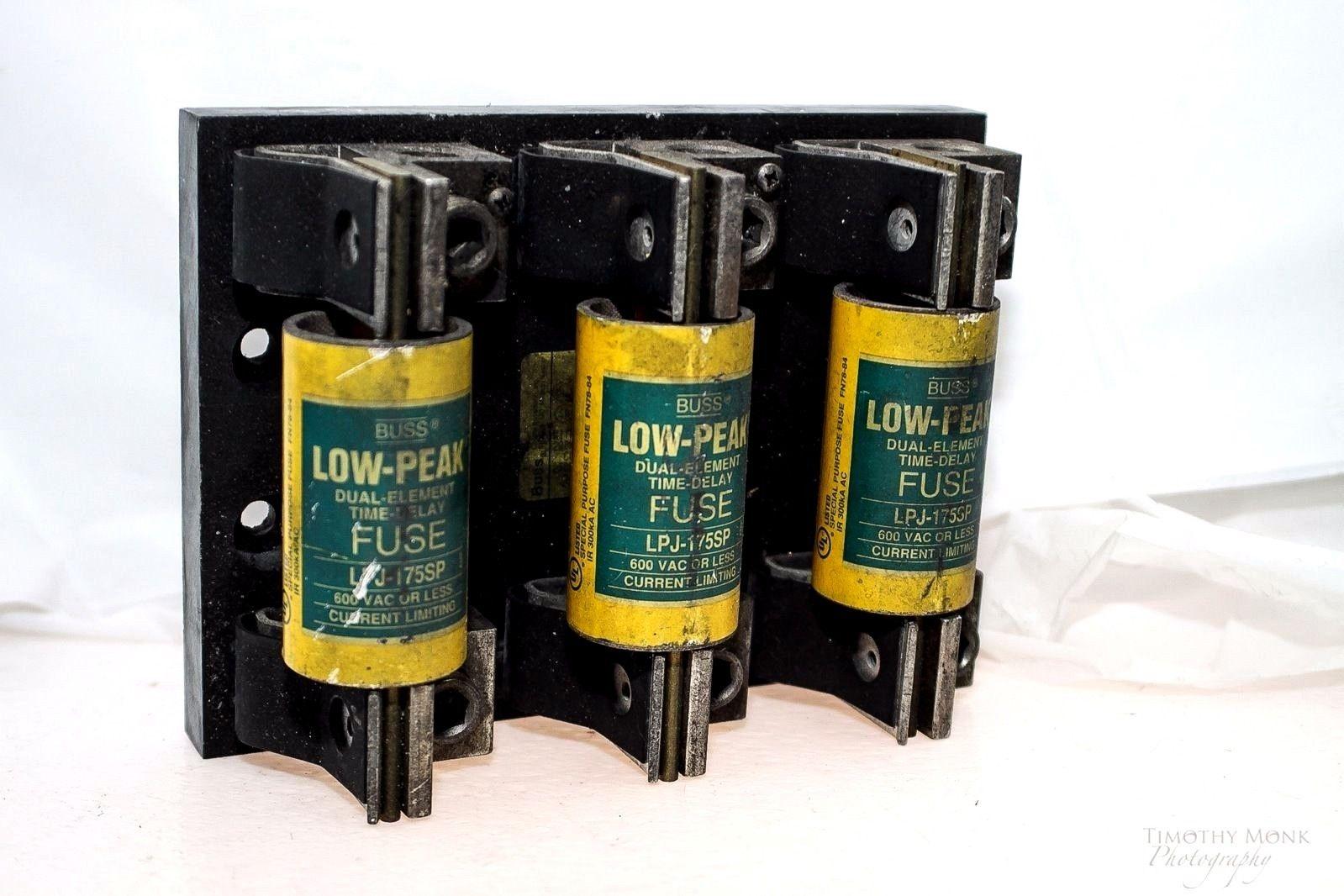 3 BUSS LPJ-175SP DUAL ELEMENT Â 175A 600VAC FUSE W/ J60200-3CR FUSE BLOCK! (G04) 1