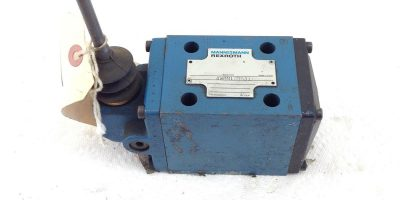NEW REXROTH HYDRAULIC DIRECTIONAL CONTROL VALVE 4WMM10RB31 FAST SHIPPING! (B387) 1