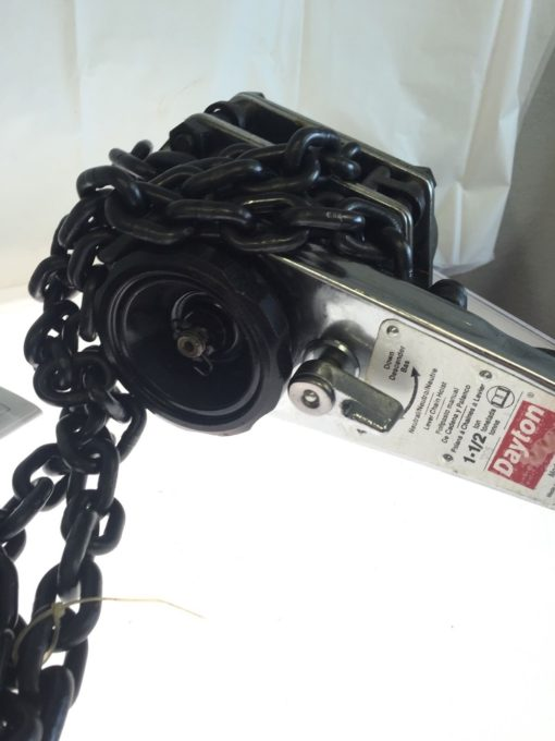 Dayton 3TP95 Lever Chain Hoist, 3300 LB LOAD CAPACITY, 10Ft Lift, NEW IN BOX, P2 2